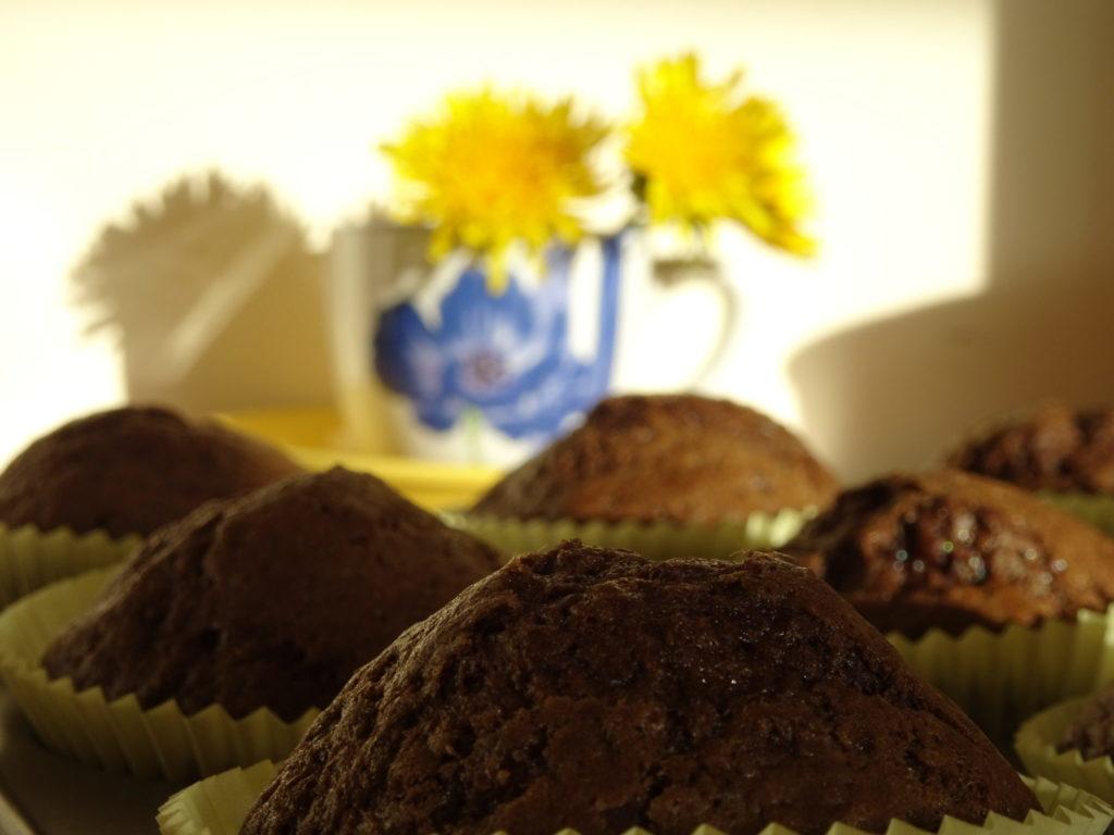 Dandelion Cupcakes
